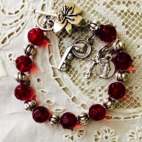 Red_bracelet